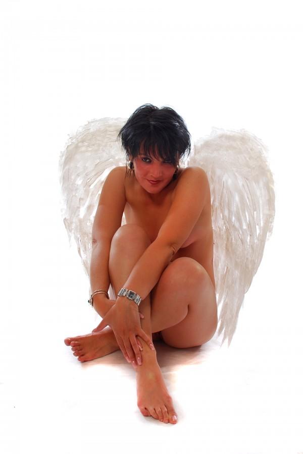 sie sucht ihn erotik baden württemberg erotische massage gießen
