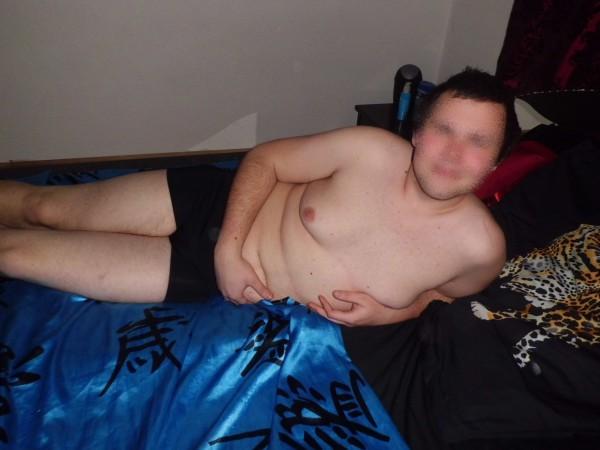 Chubby naked photo shoot