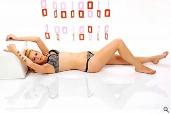 erotische massage basel escort vrouwen limburg